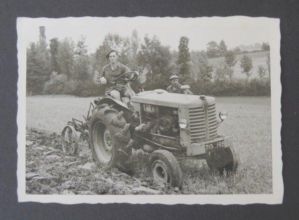 Georg bei der Feldarbeit
