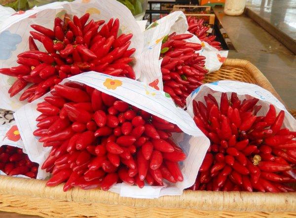 Chili-Sträuße